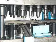 proimages/products/Can-making-machine/Automatic-press/S-B110/S-B110_3.jpg