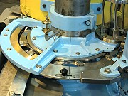 proimages/products/Food-Canning-Machinery/Automatic-seamer/S-C33B_2.jpg