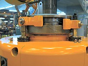 proimages/products/Food-Canning-Machinery/Automatic-seamer/S-C33B_7.jpg