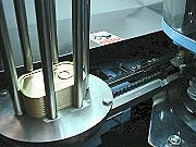 proimages/products/Food-Canning-Machinery/Automatic-seamer/S-M446_2.jpg